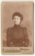 Portrai De Femme --- ( Phot. A. Dubut- Lebrun  -  Scharbeek ) - Photographs