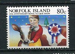 (cl 9 - P14) Norfolk ** N° 366  (ref. Michel Au Dos)  - 125e Ann. De L'expo Agricole. (jeune Femme Avec Génisse) - Ile Norfolk
