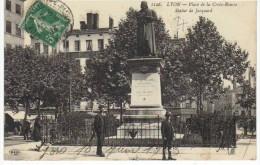 Lyon Place De La Croix Rousse Statue De Jacquard - Lyon