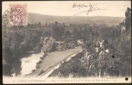 58 - CLÉCY.- La Route De Vey Et Les Rochers Du Pain De Sucre .- LL - France