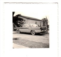 Automobile - Photo Originale - Voiture Simca Chambord - Format  8.3 X 8.3.cm - Automobiles