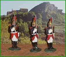 Quiralu =   Garde Républicain Au Présentez Sabre ( Alu.) 3 Gardes - Quiralu