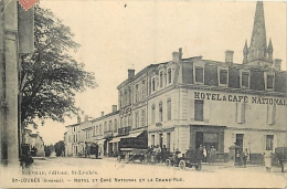 33-633  CPA   SAINT LOUBES Hotel Et Café National Et La Grand Rue  Animation     Belle Carte - Other Municipalities