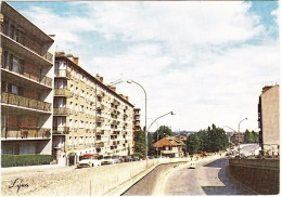 Joinville: SIMCA ARONDE P60, RENAULT 4, CITROËN 2CV, VW COX - Rue Jean-Mermoz - (Val-de-Marne, France) - Voitures De Tourisme