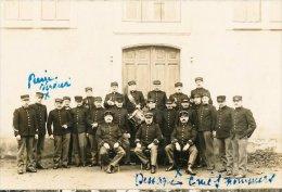 Soldats Sous Officier Et Officiers Avec Musiciens En 1914.1918 - Personaggi