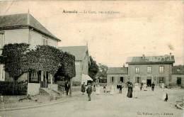 Belle Carte -   Aumale - La Gare  ,vue Extérieure ,animée                  A1045 - Aumale