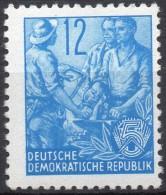 Mi. 367  Fünfjahrplan I   Offsetdruck  ** / MNH - DDR