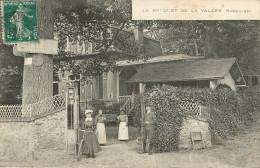 Montlignon : ? : Restaurant Le Bouquet De La Vallée - France