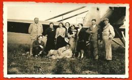PHOTO Photographie - AVIATION - Probablement à 78 BUC Yvelines - Louis Massotte En Famille Devant Un Avion - Aviation
