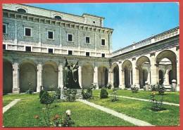 CARTOLINA VG ITALIA - MONTECASSINO (FR) - Abbazia - I Tre Chiostri Inferiori - 10 X 15 - ANNULLO 1981 - Frosinone