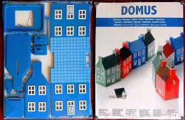 Tirelire à Construire - Maquette NEUVE D´une Maison Bleue Danoise - DOMUS Année 2000 - Other Collections