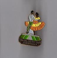 Pin's Palais Omnisports Paris Bercy - Danse (numéroté 0851) - Badges