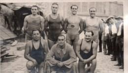 51Au   Photo Cercle Des Nageurs De Marseille Natation équipe De Water Polo Des CRS En 1929 Voir V° - Natation