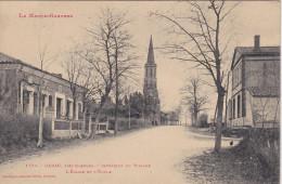 Cpa  Garac, Près Cadours. Intérieur Du Village. L'Eglise Et L'Ecole. - France