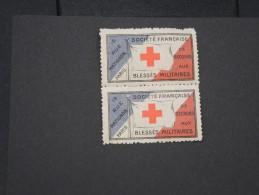 FRANCE - VIGNETTE DE LA CROIX ROUGE EN PAIRE  - A VOIR - LOT P2714 - Commemorative Labels