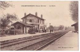 CHAMPDENIERS. - La Gare - Champdeniers Saint Denis
