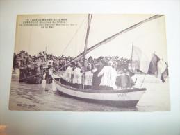 2yjs -  CPA -  LES SAINTES MARIES DE LA MER - Vue Générale Et Campement Des Bohémiens   [13] - Bouches-du-Rhône - Saintes Maries De La Mer