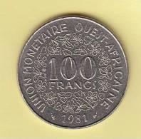 Pièce - Banque Centrale Des Etats De L´Afrique De L´Ouest - 100 Francs - 1981 - Monnaies