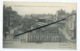 CP  - Grandvilliers - Pendant La Grande Guerre - Réparations D´Autos S.P.A.5 - Camions Anciens Berliet - Grandvilliers