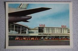 Ukraine. Kiev International Airport BORISPIL. Aeroport - Plane - Avion Old USSR PC - 1957 - Aerodrome