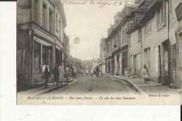 Beaumont Le-Roger  27    La Rue Saint-Nicolas Tres Animée -Epicerie-Café Et Un Coin Du Vieux Beaumont - Beaumont-le-Roger