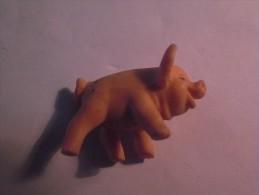 1 FIGURINE FIGURE DOLL PUPPET DUMMY TOY IMAGE POUPÉE - PIG MONOCHROME - Pigs