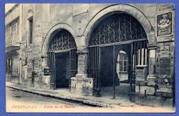 66. Perpignan. Porte De La Mairie Place De La Loge. Pub Amieux Frères - Perpignan