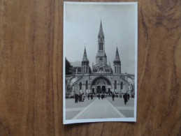 43159 POSTCARD: Unknown Buildings / Location.  ?? Basilica Church, Londres Aug. 1937 In Pencil On The Back ?? - World