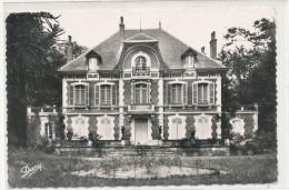 HOUEILLES Château Bertranet 4 - Autres Communes