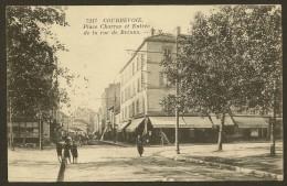 COURBEVOIE Place Charras Et Entrée De La Rue De Bezons (EM Testard) Hauts De Seine (92) - Courbevoie