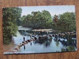 43261 POSTCARD:  DERBYSHIRE: Stepping Stones, Hathersage. - Derbyshire