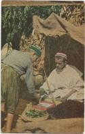 I2790 Folklore - Marrueccs Morocco Marocco - En La Tienda Del Zoco / Non Viaggiata - Personnages