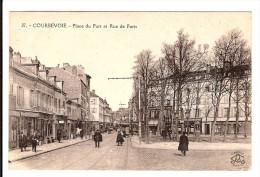 92 - COURBEVOIE - Place Du Port Et Rue De Paris - Le Tramway - Courbevoie