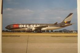 VG AIRWAYS  A 330 223  OO SFR   COULEUR  DELSEY - 1946-....: Moderne