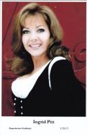 INGRID PITT - Film Star Pin Up - Publisher Swiftsure Postcards 2000 - Artiesten