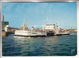 """BATEAU ( Charente Maritime ) BAC """" MARECHAL DE TOIRAS """" Entre Continent - ILE DE RE - CPSM GF 1975 - Ship Ships Boats - Ferries"""