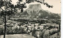 CPSM 38 CHICHILIANNE VUE GENERALE ET LE MONT AIGUILLE   1957 - France