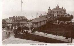 Postcard - Great Yarmouth Britannia Pier, Norfolk. V332-13 - Great Yarmouth