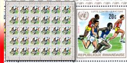 Rwanda 0493**  20c  Lutte contre le racisme -  Feuille / Sheet de 30 MNH - Sports
