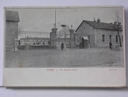 (58) - COSNE - LA CASERNE BINOT - ANIMEE - DOS SIMPLE - 1904 - Cosne Cours Sur Loire