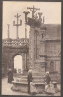 29 - LAMPAUL--L'Arc De Triomphe Et Le Calvaire--animé-- - Lampaul-Guimiliau