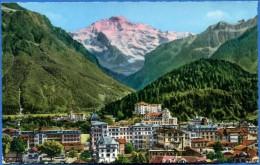 SUISSE / SWITZERLAND : INTERLAKEN UND DIE JUNGFRAU (4166 M.) - BE Berne