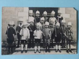 Carte Photo D'un Groupe D'Enfants Formant Un Régiment , Photographe A.GAUTHIER  - OYONNAX - Oyonnax