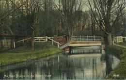 HERTS -  BISHOPS STORTFORD - THE TROUT BRIDGE ON THE RIVER STORT Ht182 - Hertfordshire
