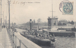 Bâteaux - Remorqueur Ampère - Ecluse - Navigation Fluviale - Remorqueurs