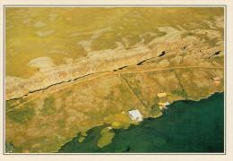 THINGVELLIR:  IL LAGO E LA FAGLIA     (NUOVA CON DESCRIZIONE DEL SITO SUL RETRO) - Islanda