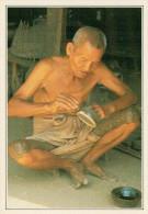 BIRMANIA   PAGAN:   ARTIGIANO  LACCATORE     (NUOVA CON DESCRIZIONE DEL SITO) - Myanmar (Burma)
