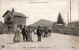 LE VAURIAT PASSAGE A NIVEAU ANIMEE ATTELAGE DE BOEUFS - Frankreich