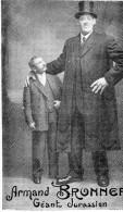 Le Geant Jurassien Armand Brunner 2m 28 Et 137kg Né A Dole  -A1- - Mestieri