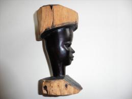 Tête ,Portrait Africain En  Bois   Noble Sculpté - Art Africain